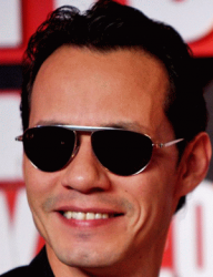 Марк Энтони и его солнцезащитные очки