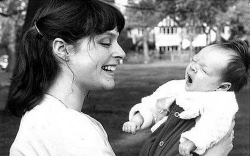 Софи Эллис-Бекстор в детстве