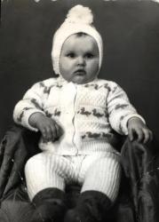 Анна Пославская в детстве