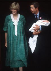 Принц Уильям: жизнь в фотографиях