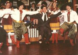 Принц Чарльз танцует гопак