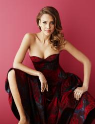 Джессика Альба в фотосессии для журнала Glamour UK