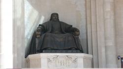 Памятники Чингисхану