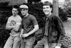 "Том Круз, Шон Пенн и Тимоти Хаттон на съемках фильма ""Отбой"", 1981 год"