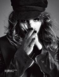 Нооми Рапас для 10 Magazine