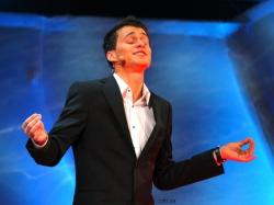 Александр Скичко на сцене