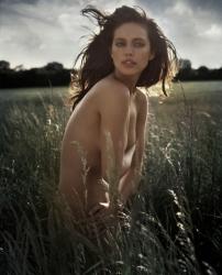 Эмили Ди Донато для Vogue Italia, ноябрь 2013