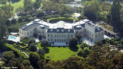 Дворец Аарона Спеллинга
