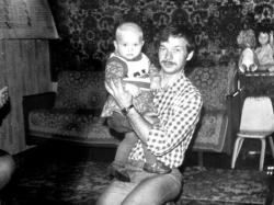 Алена Ланская в детстве
