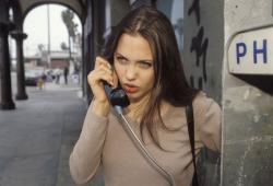 Анджелина Джоли времён 1994 года