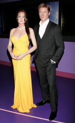 Восковые Анджелина Джоли и Бред Питт в музее мадам Тюссо в Голливуде