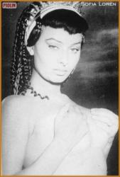 Черно-белая эротика в исполнении легендарной Софи Лорен
