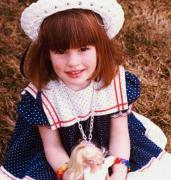Энн Хэтэуэй в детстве