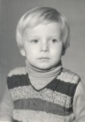 Антон Комолов в детстве