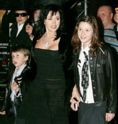 Анастасия Заворотнюк с детьми