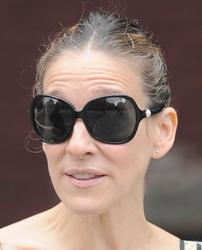 Сара Джессика Паркер и ее солнцезащитные очки