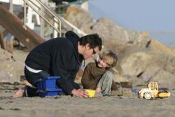Отцы и дети: Джим Кэрри и Эван