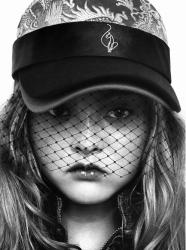 Черно-белые фотографии Девон Аоки