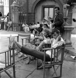 """Одри Хепберн во время перерыва на съемках картины """"Война и мир"""", 1956 год"""
