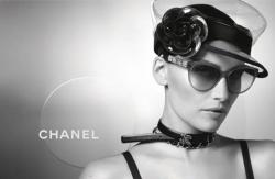 Летиция Каста в рекламе очков Chanel