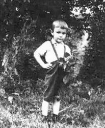 Виктор Янукович в детстве