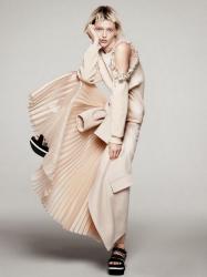 Саша Пивоварова для Vogue US, январь 2014